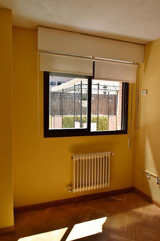 Dormitorio - Piso en alquiler en calle Monaco, Rosas-Musas en Madrid - 301814759