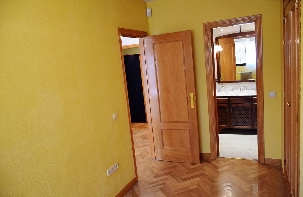 Dormitorio - Piso en alquiler en calle Monaco, Rosas-Musas en Madrid - 301814785