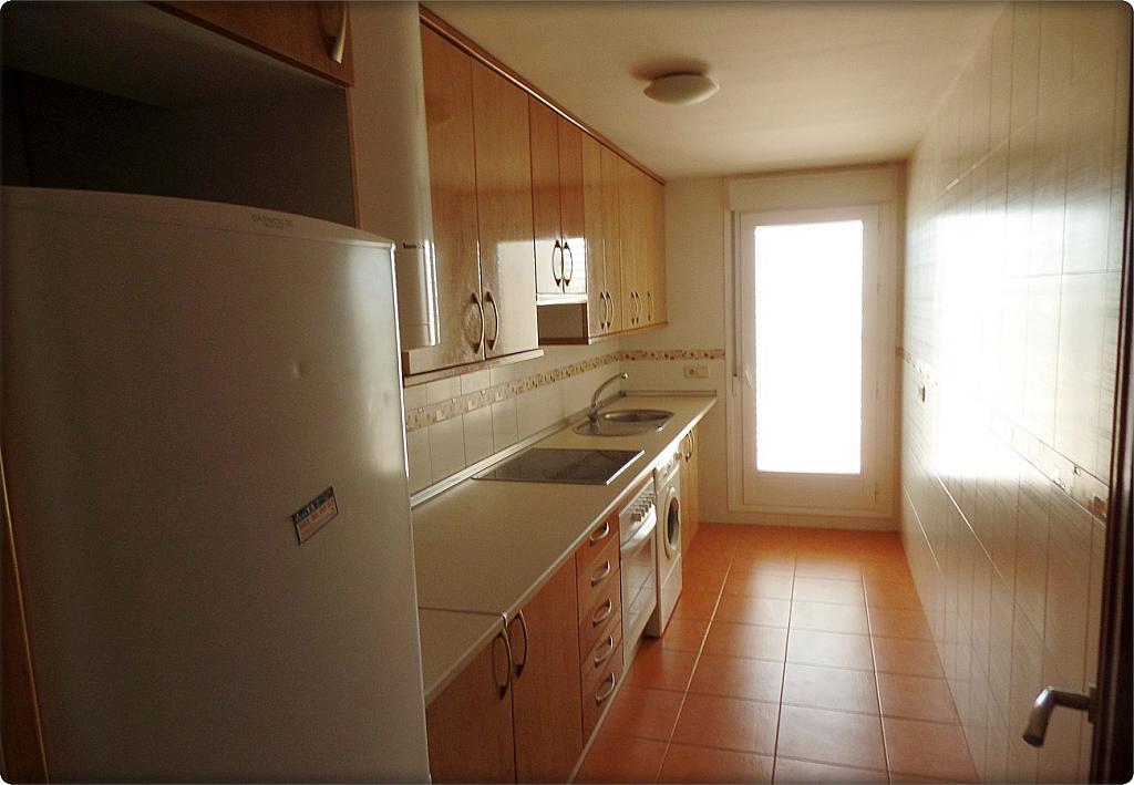 Cocina - Piso en alquiler en calle Senda, Nucleo Urbano en Camarena - 293063352