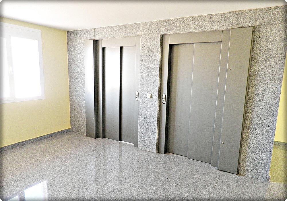Vestíbulo - Piso en alquiler en calle Senda, Nucleo Urbano en Camarena - 293063404