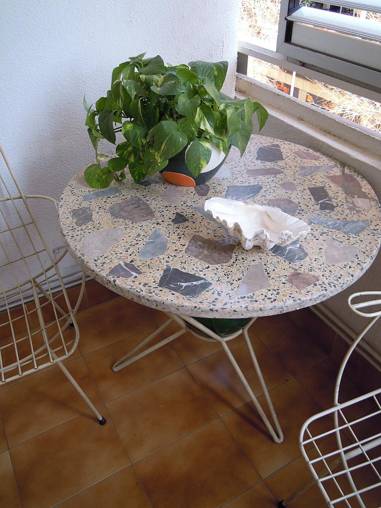 Terraza - Piso a compartir en calle Calabria, Eixample esquerra en Barcelona - 154574203