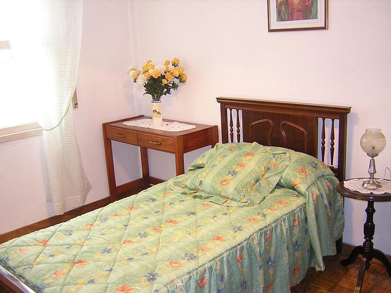 Dormitorio - Piso en alquiler de temporada en calle Avda de Juan Carlos, Vilagarcía de Arousa - 272632309