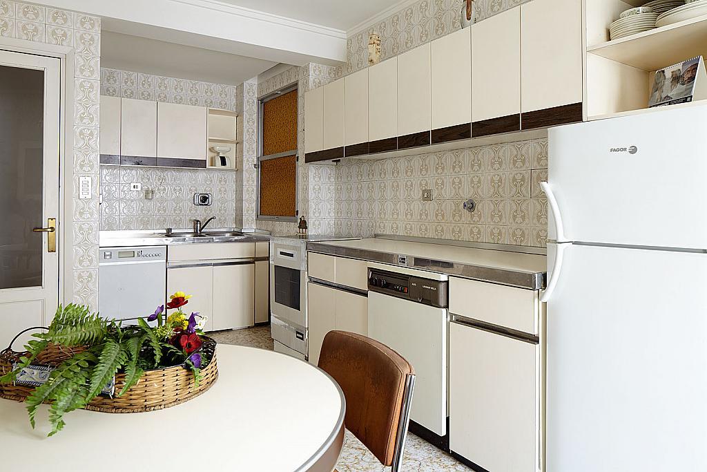 Cocina - Piso a compartir en calle San Juan, Eibar - 323052546