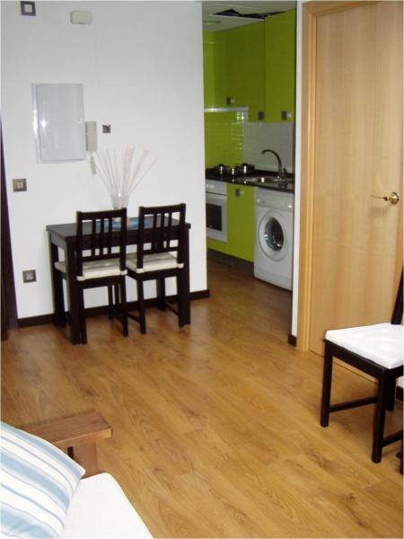 salon-apartamento-en-alquiler-en-horno-arrabal-en-zaragoza-112497587