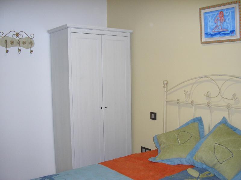 dormitorio-apartamento-en-alquiler-en-horno-arrabal-en-zaragoza-112497599