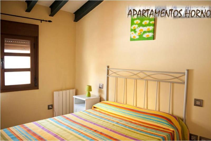 dormitorio-apartamento-en-alquiler-en-horno-arrabal-en-zaragoza-120056832