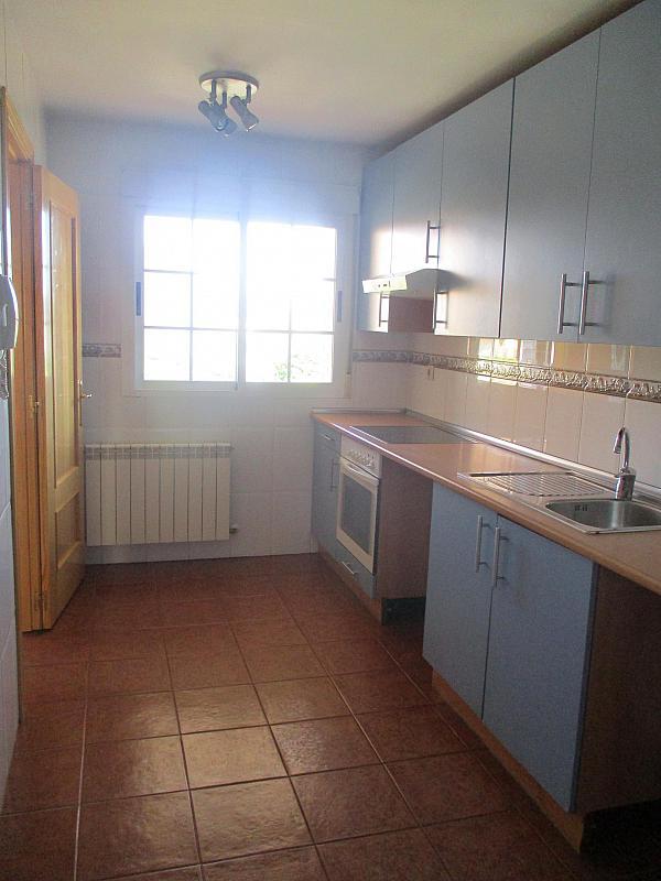 Detalles - Casa pareada en alquiler en calle Valdemorillo, Valdemorillo - 301375518