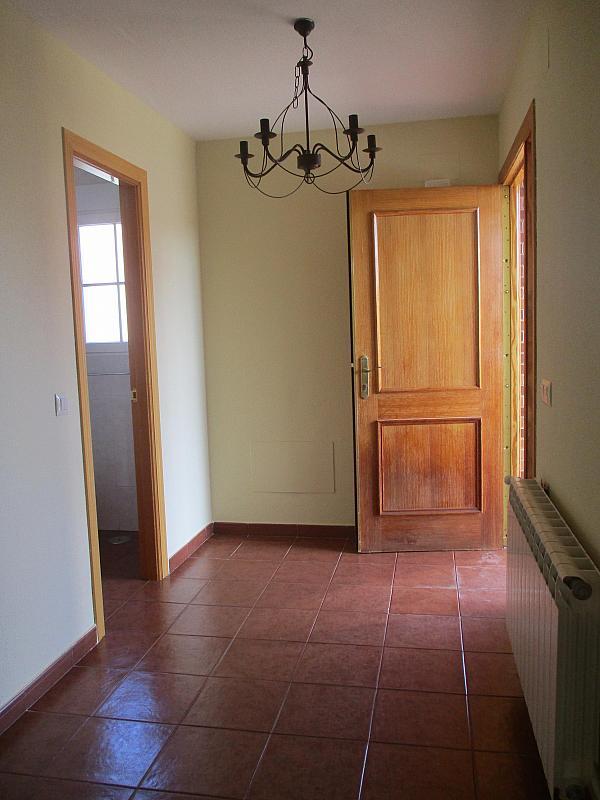 Detalles - Casa pareada en alquiler en calle Valdemorillo, Valdemorillo - 301375521
