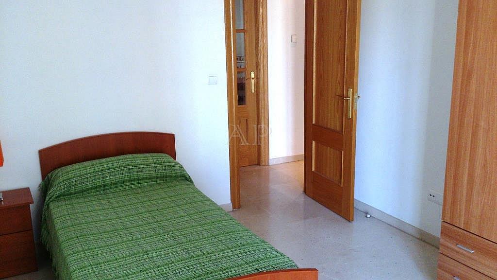 Dormitorio - Piso en alquiler en calle María Zambrano, Guadix - 333127818
