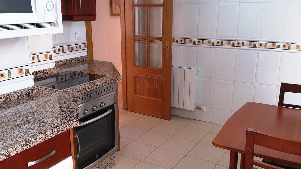 Cocina - Piso en alquiler en calle María Zambrano, Guadix - 333127879