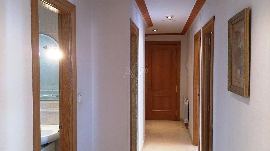 Pasillo - Piso en alquiler en calle María Zambrano, Guadix - 333128405