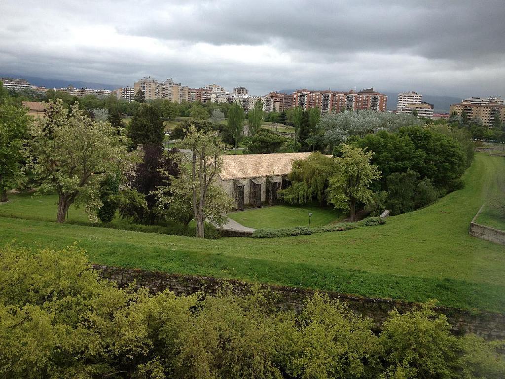 Vistas - Piso en alquiler en calle Ejército, Primer Ensanche en Pamplona/Iruña - 347105486