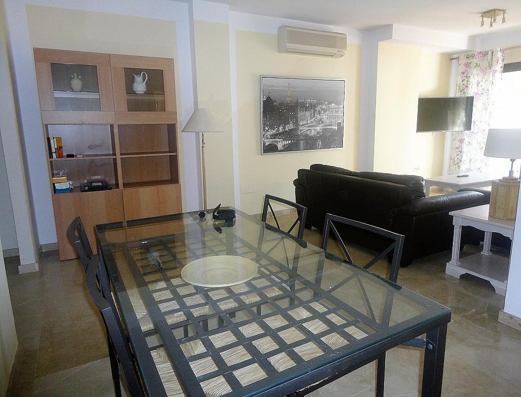 Salón - Apartamento en alquiler en calle Sierra Bermeja, Urbanizaciones en Marbella - 330777688