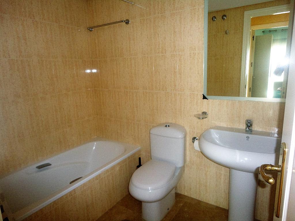 Baño - Apartamento en alquiler en calle Sierra Bermeja, Urbanizaciones en Marbella - 330777726
