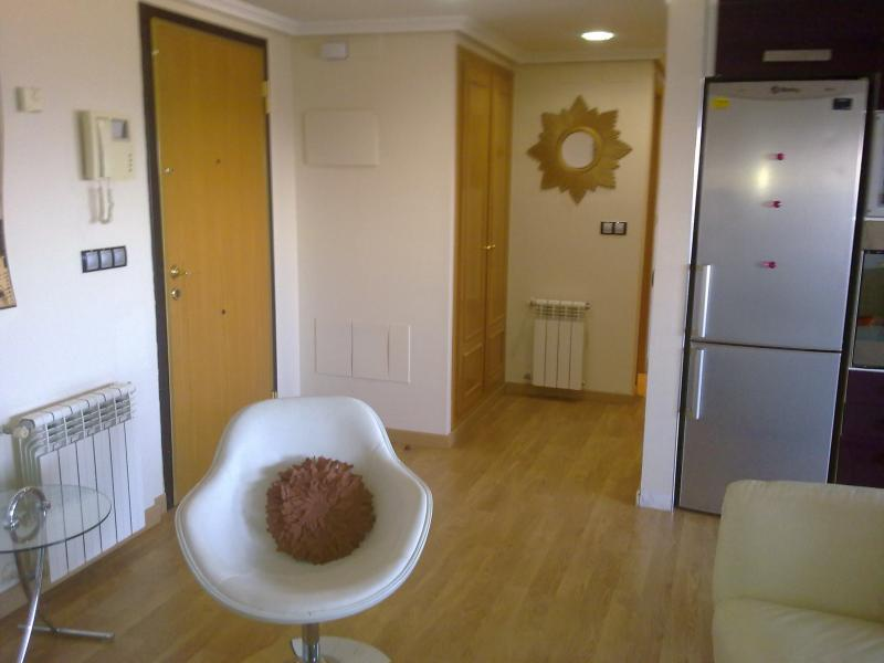 Salón - Apartamento en alquiler de temporada en calle Paseo de la Alameda, Valencia - 111734393