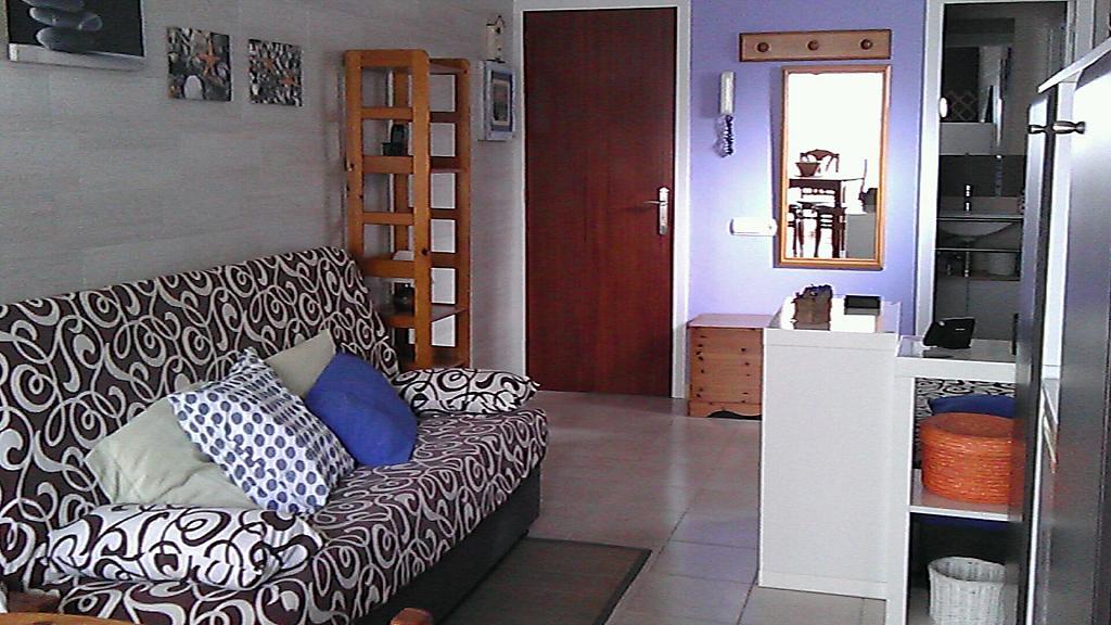 Salón - Estudio en alquiler en calle Carles Buigas, Capellans o acantilados en Salou - 329909495