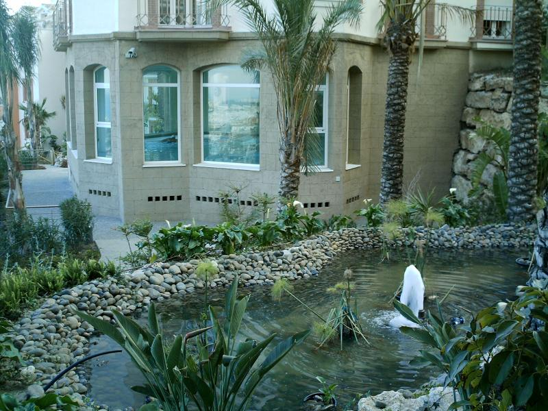 Jardín - Apartamento en alquiler en calle Arroyo Hondo, Benalmádena Pueblo en Benalmádena - 113651581