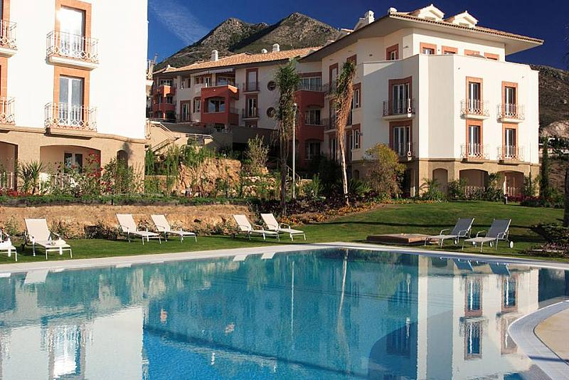 Piscina - Apartamento en alquiler en calle Arroyo Hondo, Benalmádena Pueblo en Benalmádena - 137014217