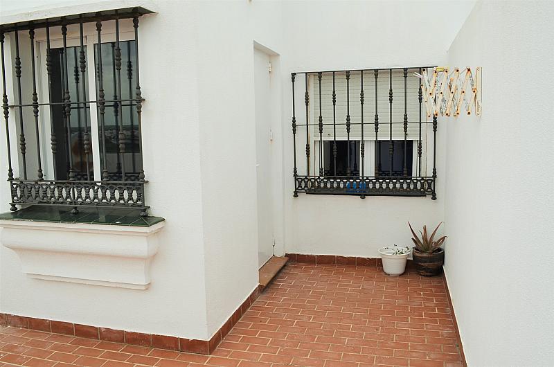 Azotea - Casa adosada en alquiler en calle Pablo Neruda, El Lugar en Chiclana de la Frontera - 271894945