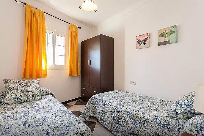 Dormitorio - Apartamento en alquiler de temporada en calle Vendimiadores, Conil de la Frontera - 280711965