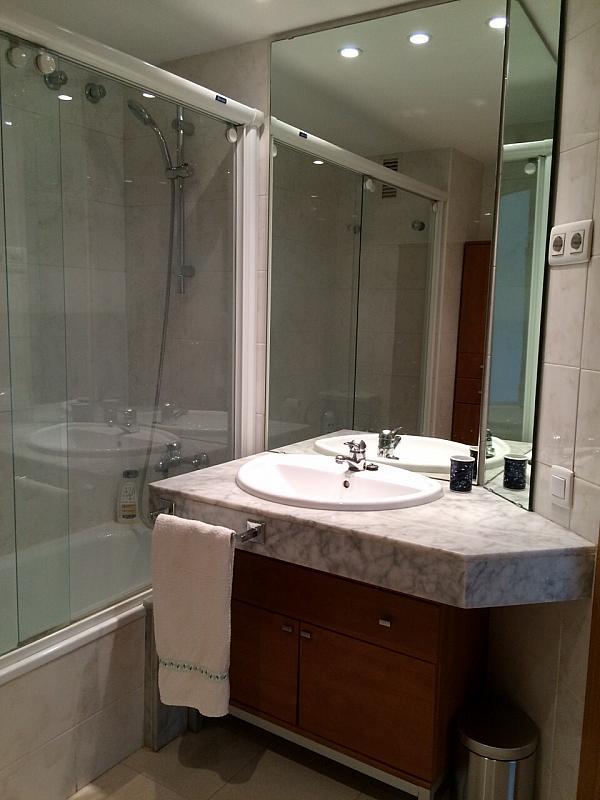 Baño - Apartamento en alquiler en pasaje Taulat, Diagonal Mar en Barcelona - 291129602