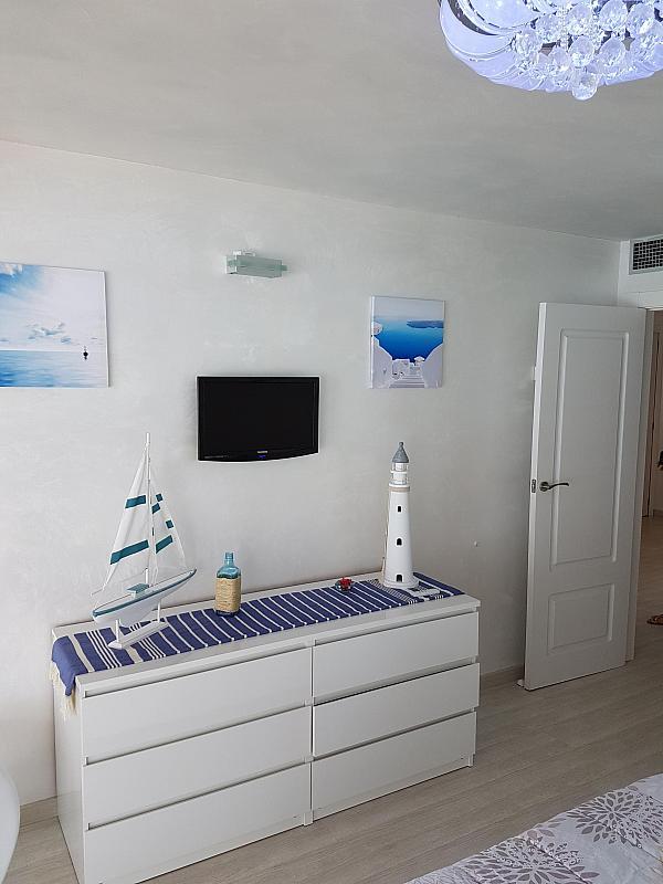 Dormitorio - Apartamento en alquiler de temporada en calle Passeo Maritimo, Miami platja - Miami playa - 295693132