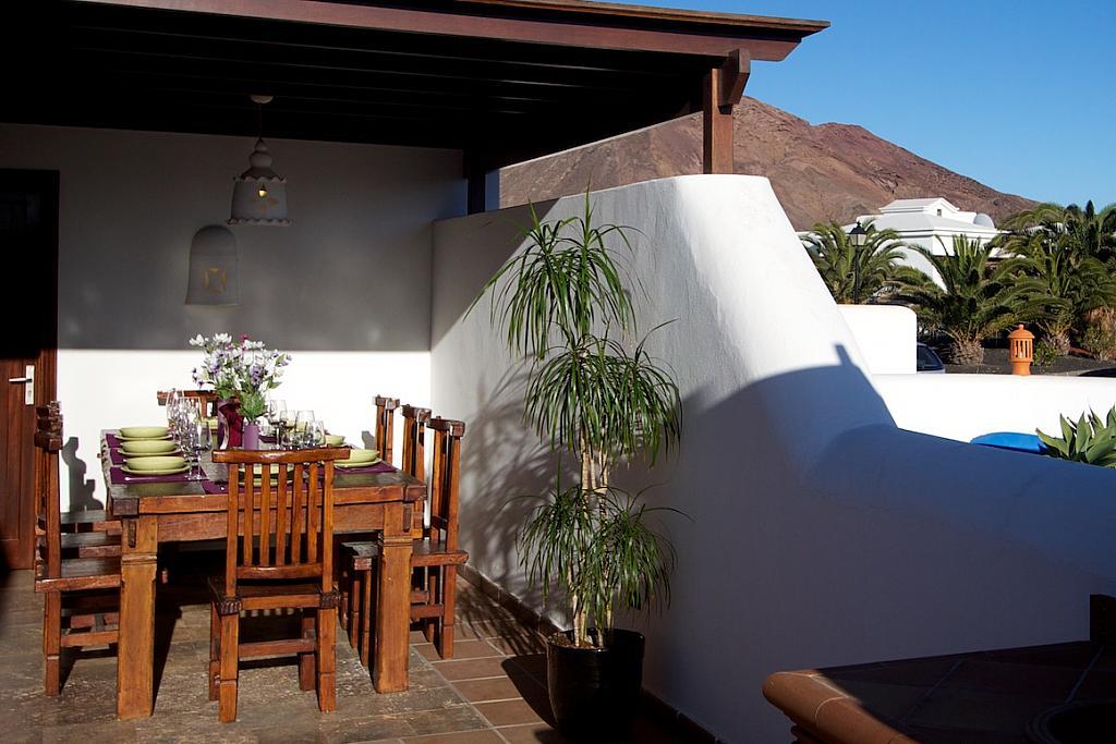 Porche - Villa en alquiler en calle Islandia, Playa Blanca (Yaiza) - 317591492