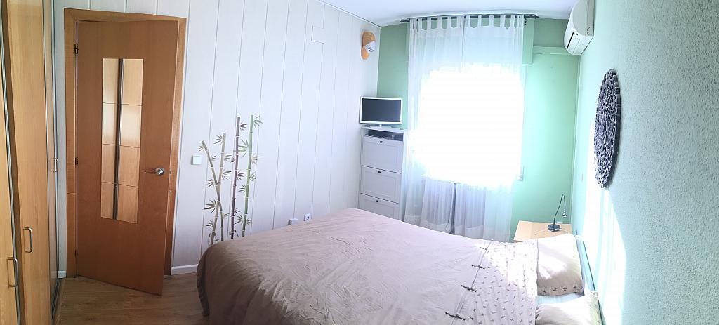 Dormitorio - Ático en alquiler en calle Viñegra, Los Cármenes en Madrid - 354202553