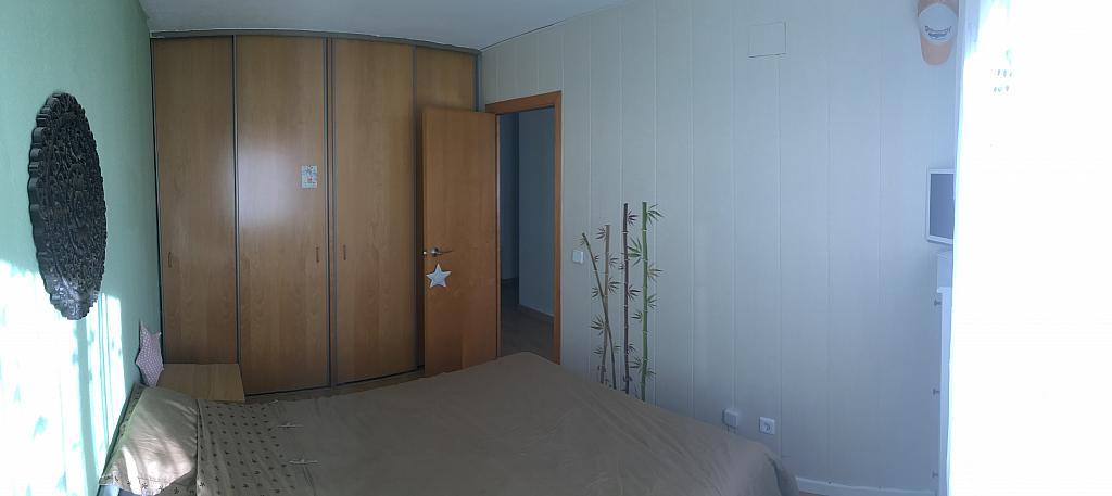 Dormitorio - Ático en alquiler en calle Viñegra, Los Cármenes en Madrid - 354202611