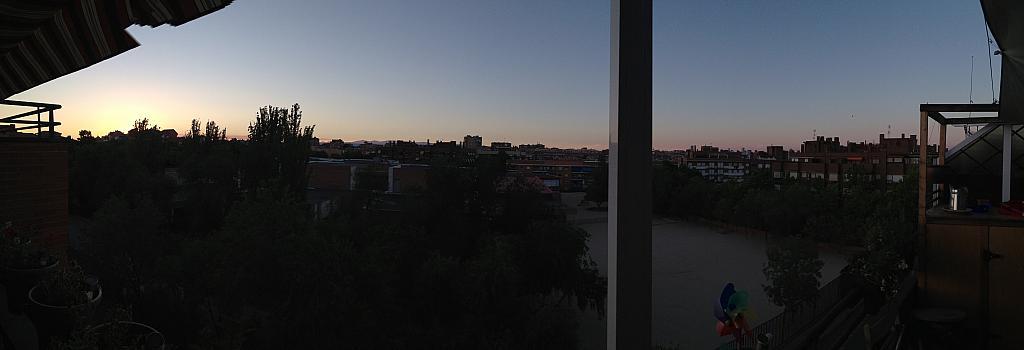 Terraza - Ático en alquiler en calle Viñegra, Los Cármenes en Madrid - 354203134