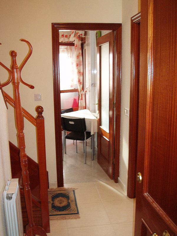 Vestíbulo - Ático-dúplex en alquiler en calle Prolongación de Carral, Suances - 329912685