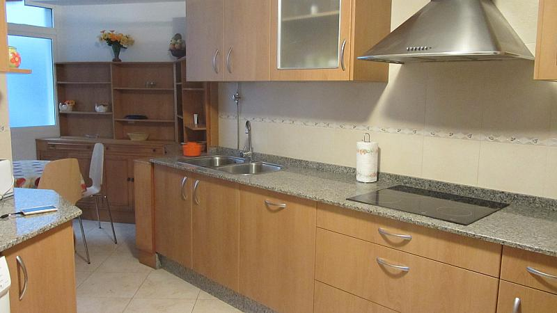 Cocina - Piso en alquiler de temporada en vía De Ronda, Riazor-Labañou-Los Rosales en Coruña (A) - 182888897