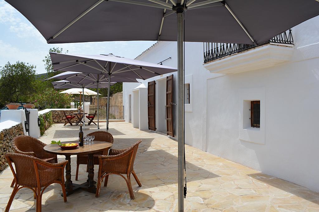 Terraza - Casa rural en alquiler de temporada en calle Diseminado Creu Des Magres, Sant Antoni de Portmany - 312913632