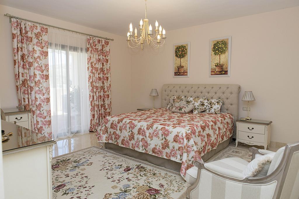 Dormitorio - Apartamento en alquiler en urbanización Capanes del Golf, Benahavís - 314207913
