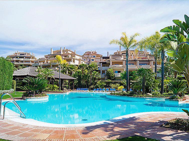 Piscina - Apartamento en alquiler en urbanización Capanes del Golf, Benahavís - 314208206