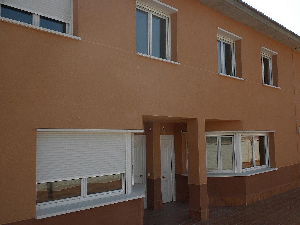 Fachada - Casa adosada en alquiler opción compra en calle Pablo Serrano, Luceni - 316356584