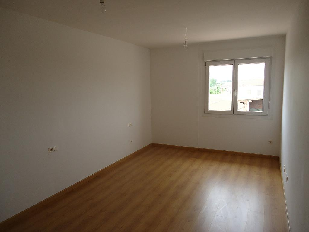 Dormitorio - Casa adosada en alquiler opción compra en calle Pablo Serrano, Luceni - 316356787