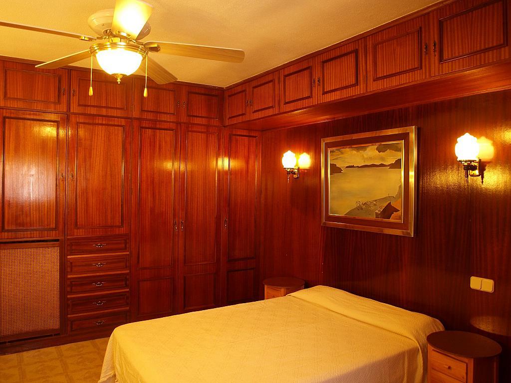 Dormitorio - Piso a compartir en calle San Valeriano, Bellas Vistas en Madrid - 318497046