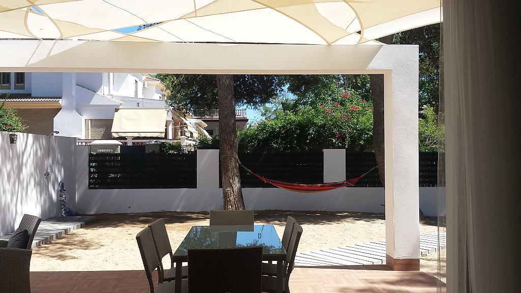Jardín - Casa adosada en alquiler en calle Gaviota, Punta Umbría - 320265475