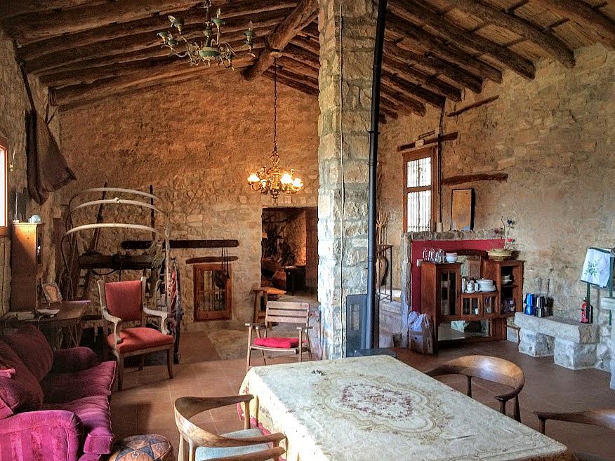 Salón - Casa en alquiler de temporada en calle Eixida, Vallbona de les Monges - 321217510
