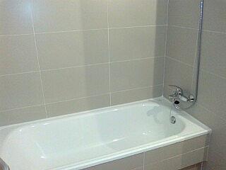 Baño - Piso en alquiler en calle Estremera, Ensanche de Vallecas en Madrid - 330427372