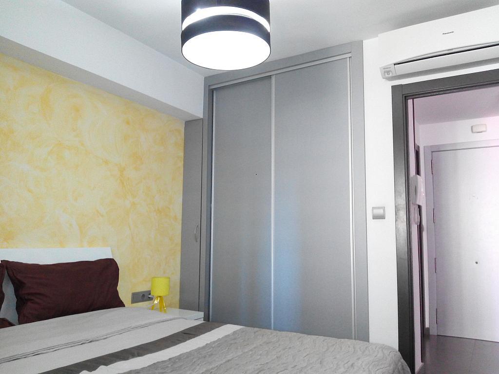 Dormitorio - Apartamento en alquiler de temporada en calle Marbella, Rincon de loix - 321259725