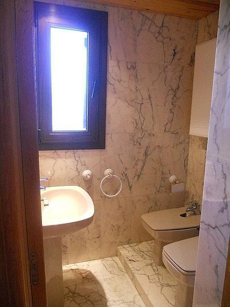 Baño - Ático-dúplex en alquiler de temporada en plaza Formigal, Sallent de Gállego - 322590494