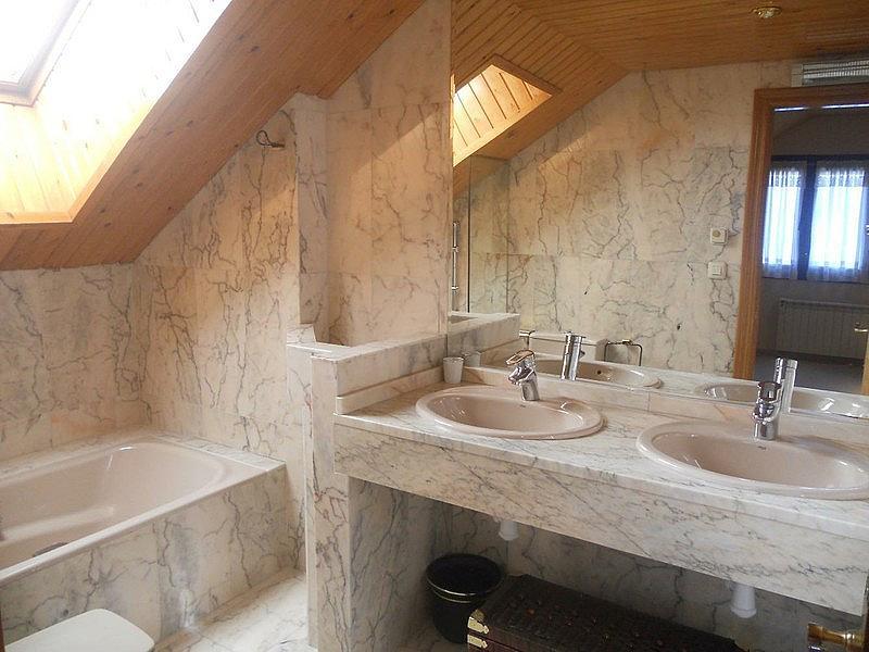 Baño - Ático-dúplex en alquiler de temporada en plaza Formigal, Sallent de Gállego - 322590499