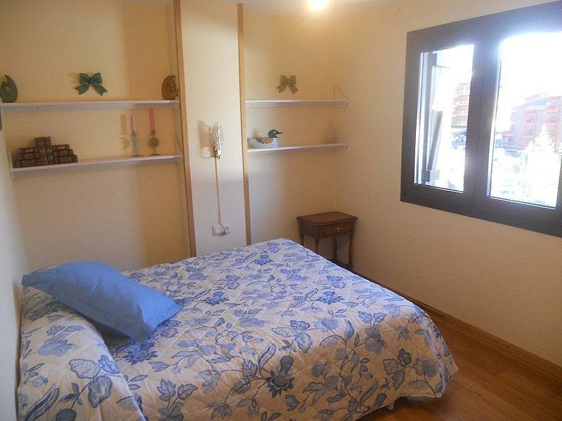 Dormitorio - Ático-dúplex en alquiler de temporada en plaza Formigal, Sallent de Gállego - 322590502