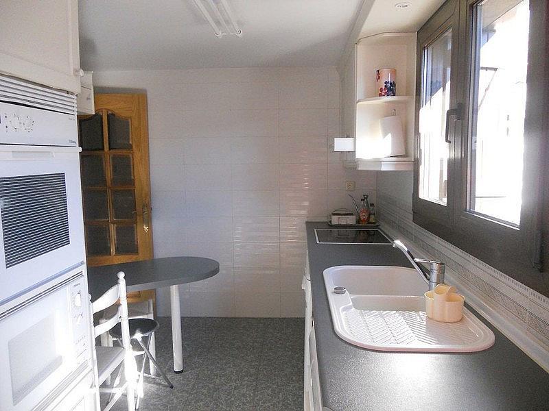 Cocina - Ático-dúplex en alquiler de temporada en plaza Formigal, Sallent de Gállego - 322590509