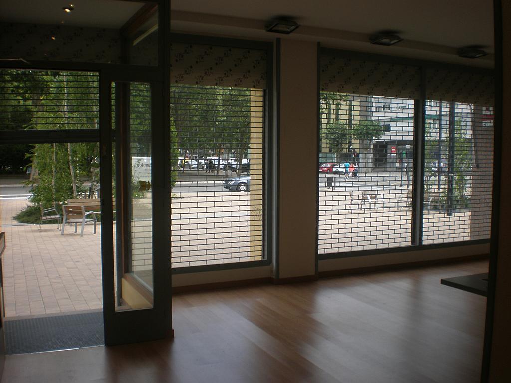 Vistas - Local comercial en alquiler en plaza Constitución, El Pilar en Vitoria-Gasteiz - 324623084