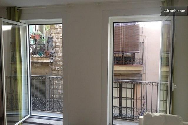 Salón - Apartamento en alquiler en calle Escudellers, El Gótic en Barcelona - 329109895