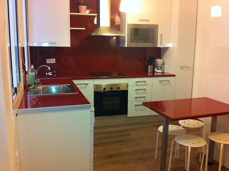 Cocina - Apartamento en alquiler en calle Escudellers, El Gótic en Barcelona - 329109953