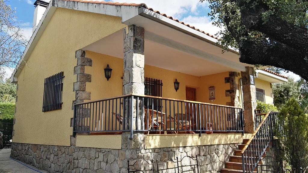 Fachada - Chalet en alquiler en calle San Roque, Colmenar del Arroyo - 329572992